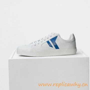 Orijinal tasarım Beyaz Kanvas'da Spor ayakkabı